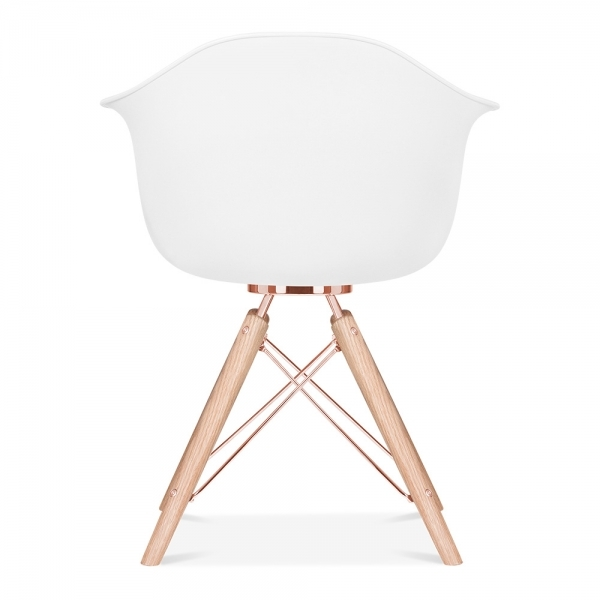 Silla moda cd3 con reposabrazos de cult design en blanco for Sillas comedor con reposabrazos